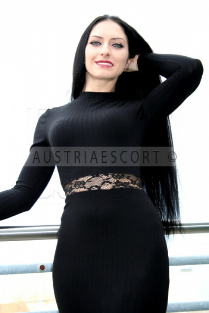Irina VIP - top escort in Vienne